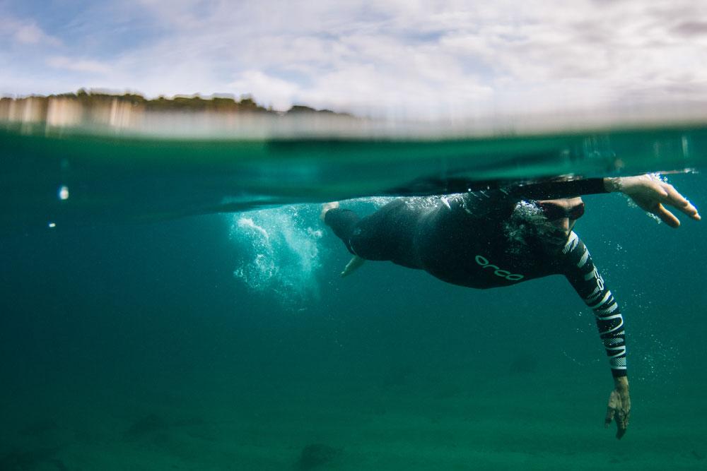 orca-s6-fullsleeve-water-action-mytriathlon.jpg